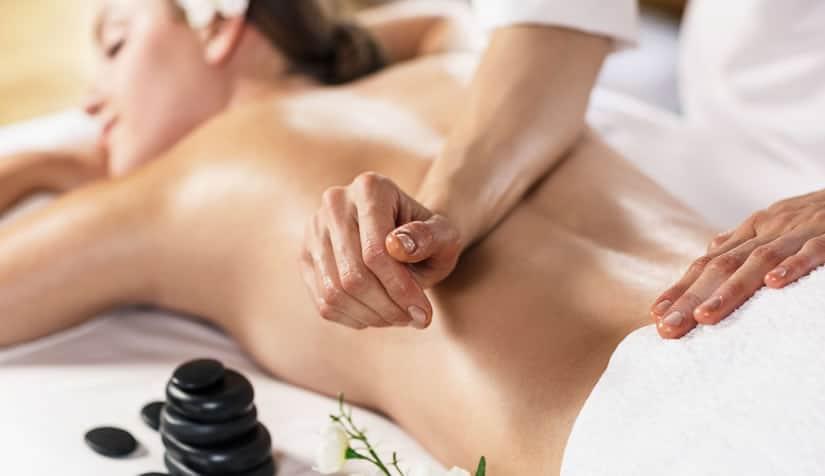 lomi-lomi-nui Massage des Monats Februar